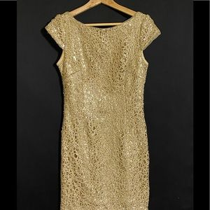 STUNNING FORMAL DRESS BY ADRIANNA PAPELL SIZE 8